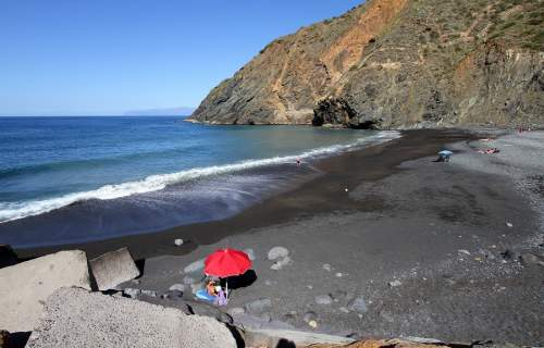The beacht at Vallehermoso on La Gomera